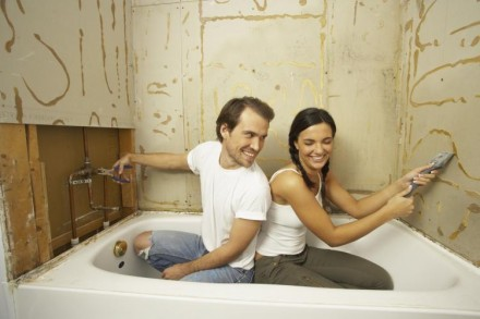 inexpensive-tips-to-remodel-your-bathroom-decoration[1]